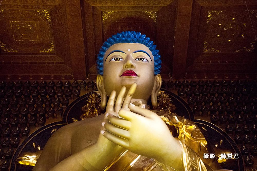 10805-禮拜佛陀-陳香君 (1)